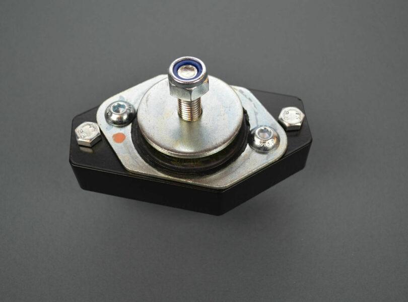Supporto motore destro Saxo 106 1600 rinforzato 1