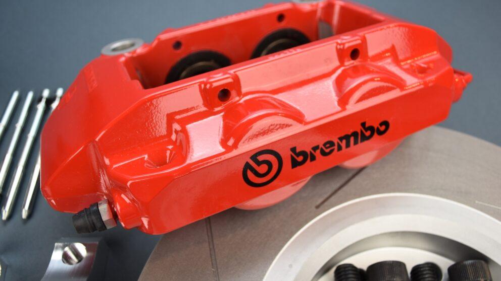 Kit freni Saxo 106 pinza Brembo Clio RS3 det 1