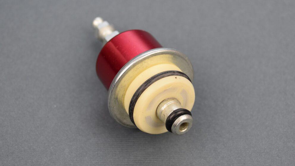 Regolatore pressione benzina Saxo 106 2