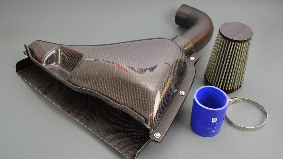 Airbox 106 Cup TU5 J4 vetroresina finitura carbonio 2
