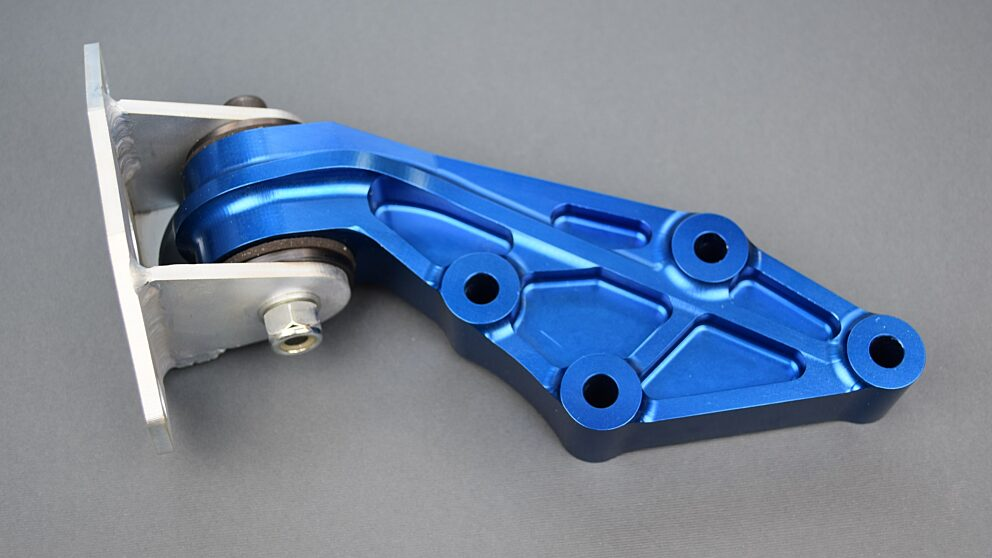 Supporto motore ergal Saxo 106 la to distribuzione 3
