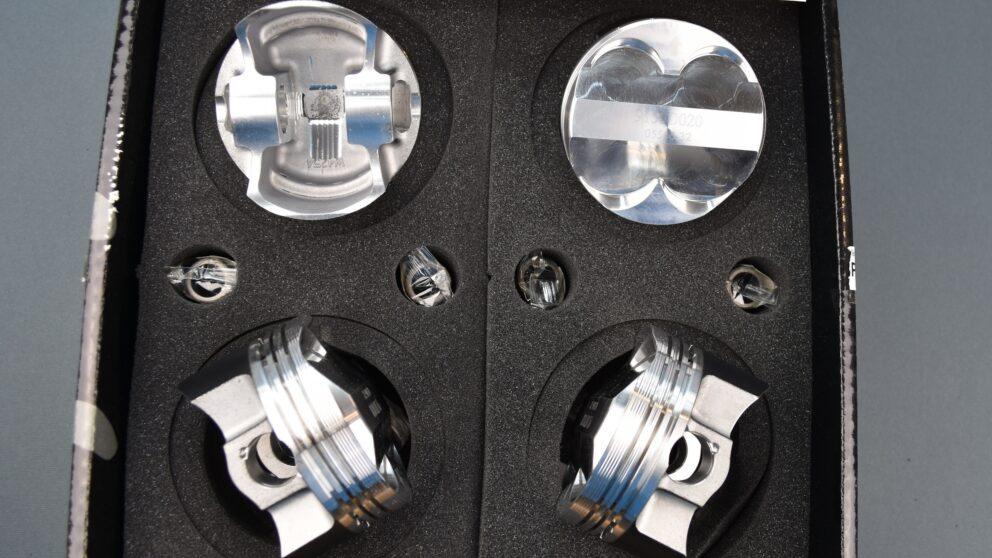 Pistoni Wossner Saxo Kit biella 137 mm 1 jpg