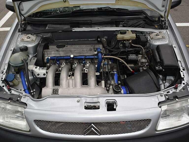 Saxo 2000 cc motore