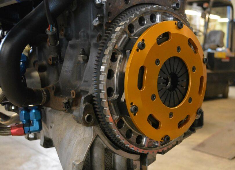 XU10 J4 RS frizione Xilema 1