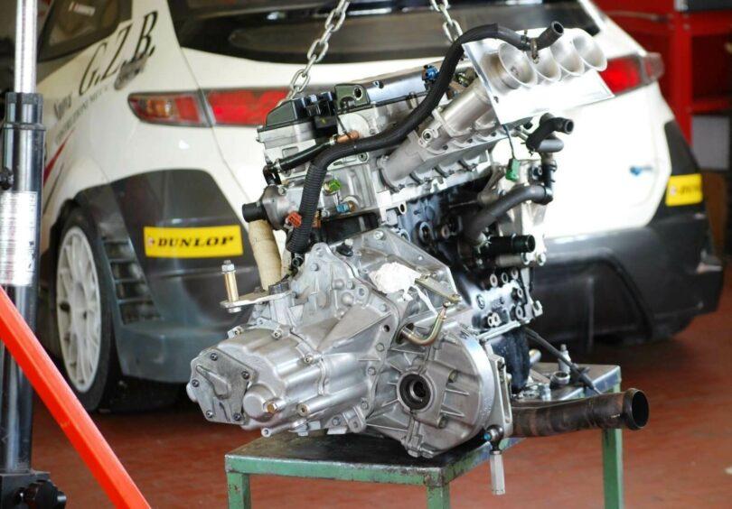 Evo 2010 cambio 6m con motore