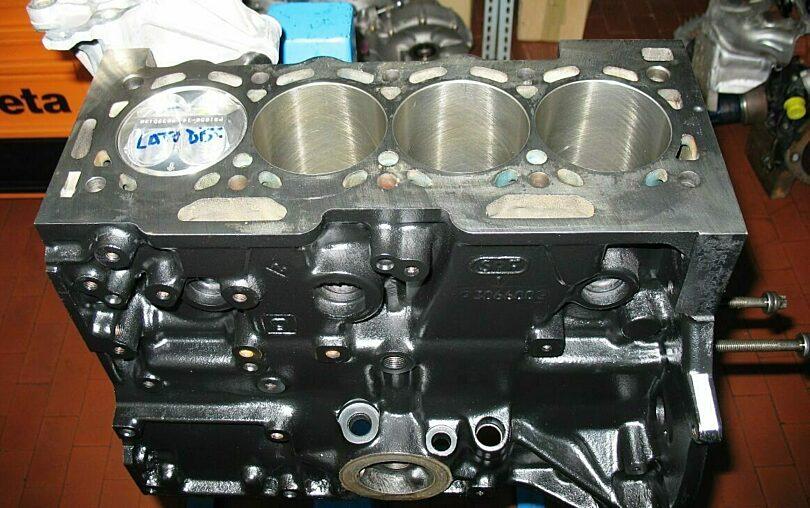 Tecnica motore Monoblocco 1