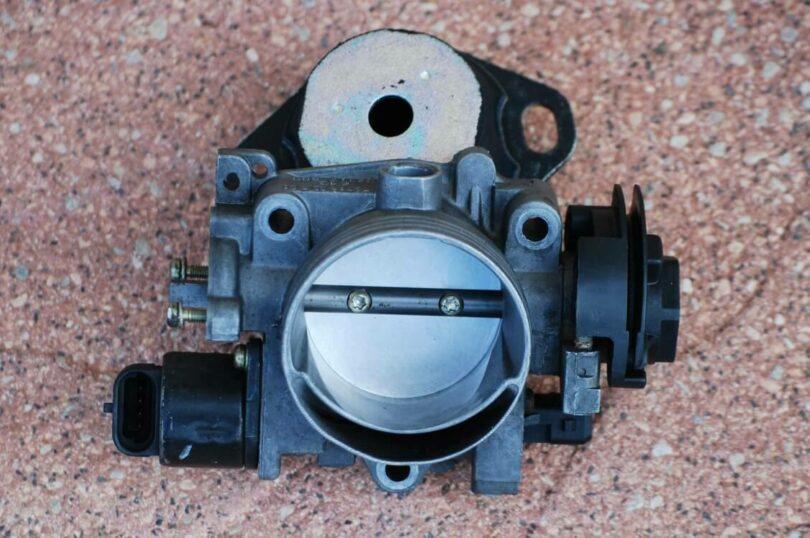 Tecnica motore aspirazione corpo farf 54 mm 2