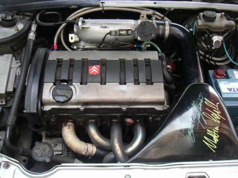 Tecnica motore collettore C2 VTS montato 2